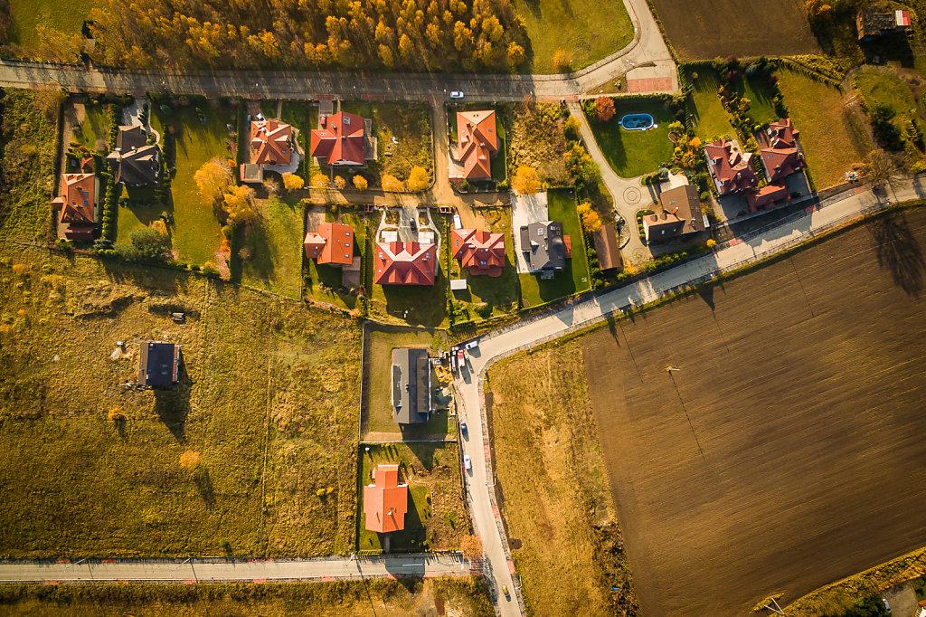 nieruchomosci-kostuchna-drona-01.jpg